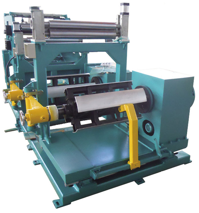 Three - dimensional triangular roll core closed foil winding machine for S13 transformer